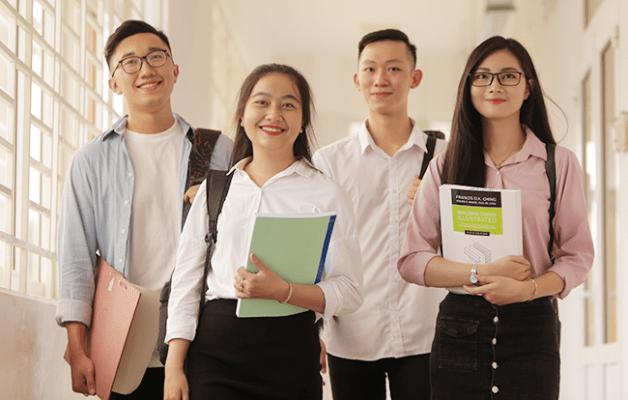 Sinh viên theo học ngành Kế toántại Đại học Duy Tân